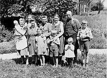 Die Familie des Bauern Kurt Schirmacher