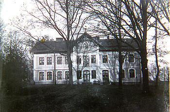 Amtsgebäude und Post in Wildenhoff 1940