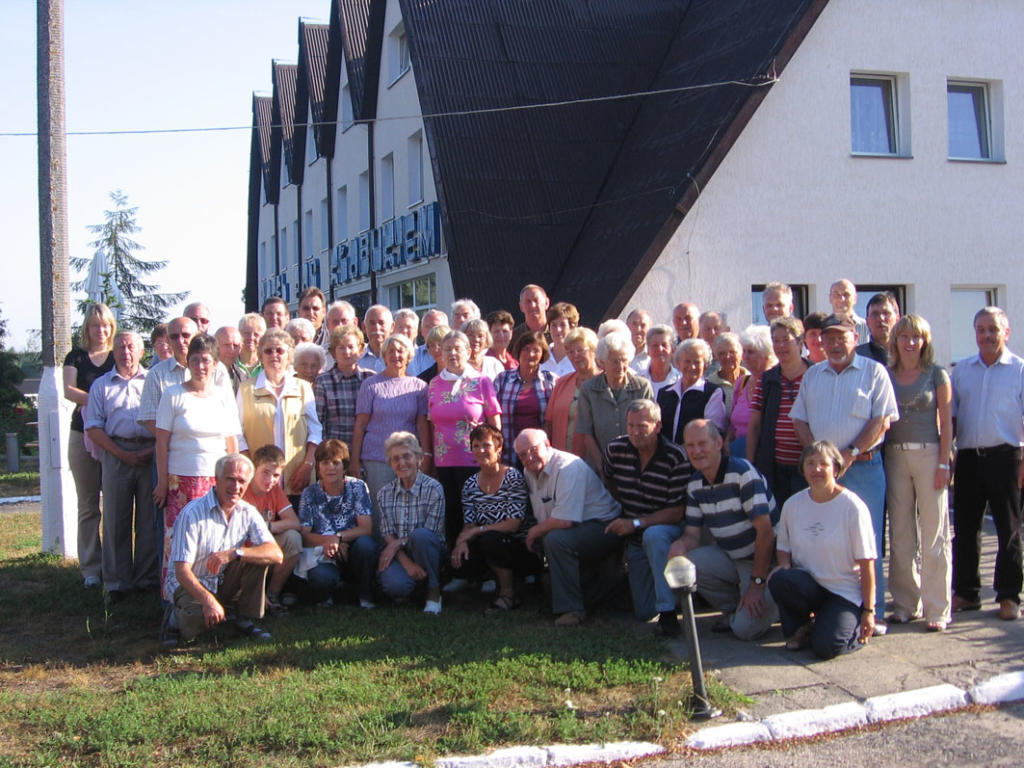 Gruppenbild der Canditter Reisegruppe 2006 in Heilsberg